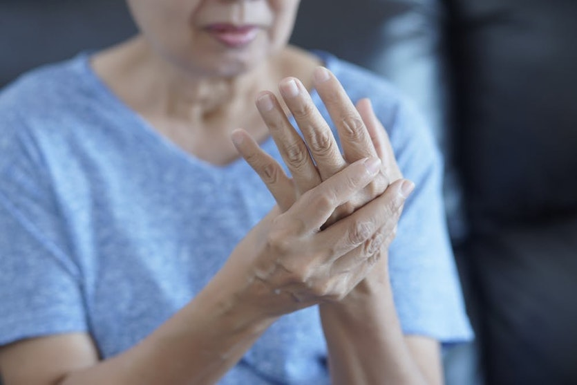 Osteoarthritis is caused by joint overuse, obesity and advanced age.