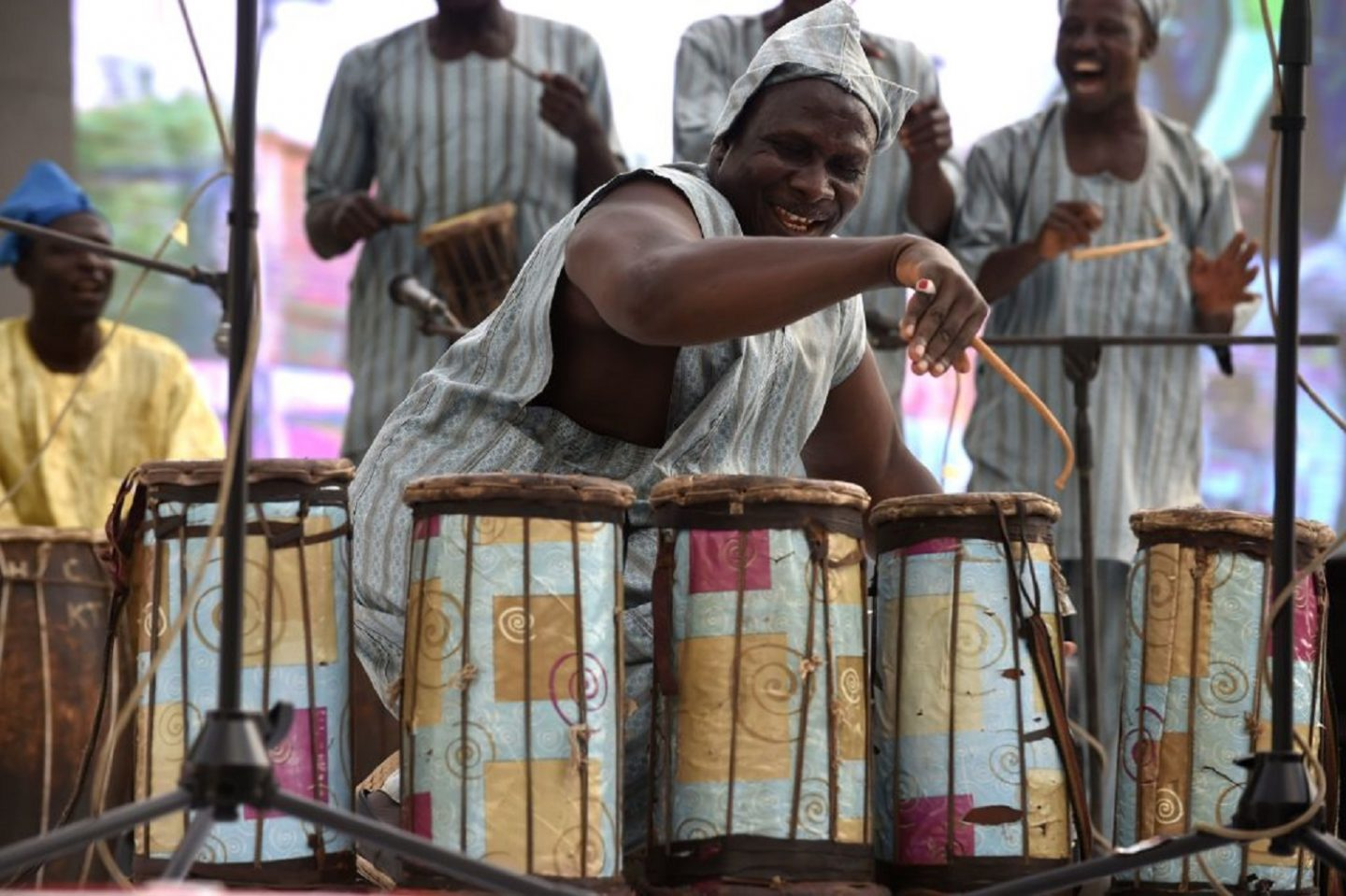 Nigerian traditional drumming employs the same tone gradient as ripe and unripe watermelons.