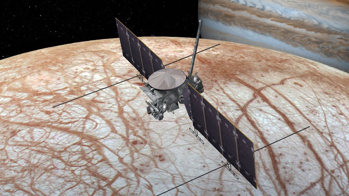 Europa's Icy Surface Glows in the Dark, New Study Suggests | Planetary Science