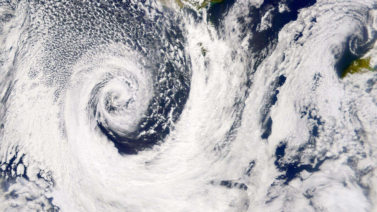 Bombs, lows and other cyclones