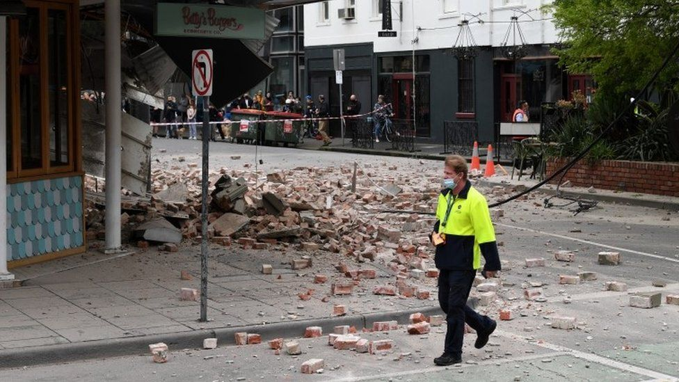 Why are there earthquakes in australia?